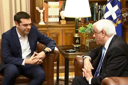 Ципрас и Павлопулос утре ќе разговараат за текот на преговорите за името