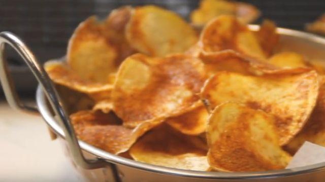 Сакате чипс како од ресторан? Ова е најдобриот рецепт од две состојки