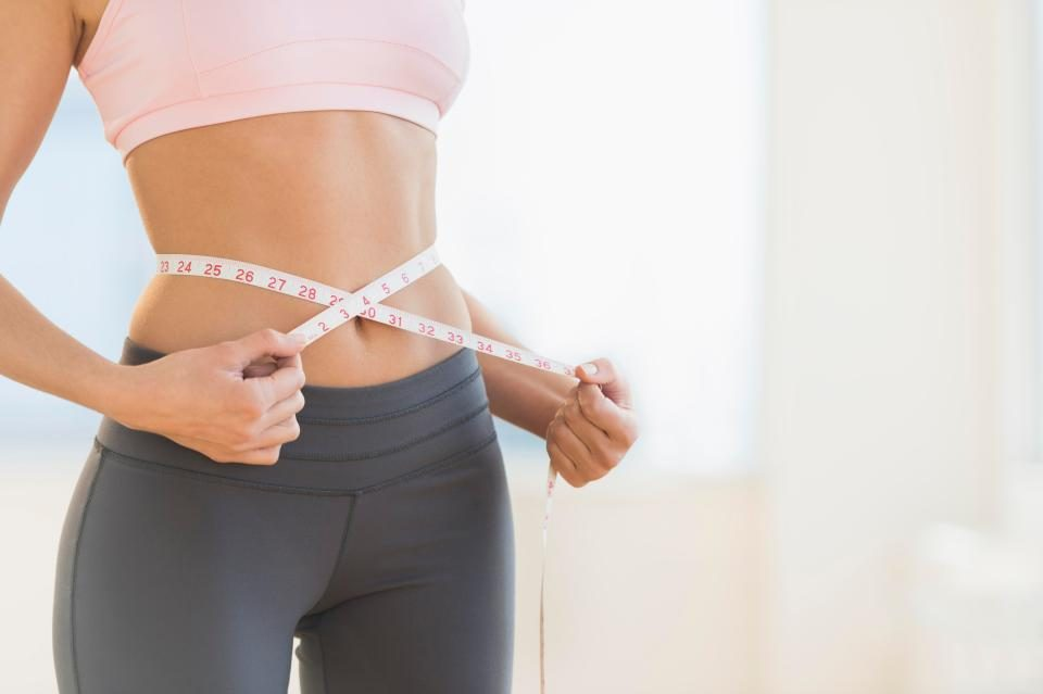 Тајна на манекенките: Салата која се јаде само 3 дена, а го топи сето сало околу стомакот