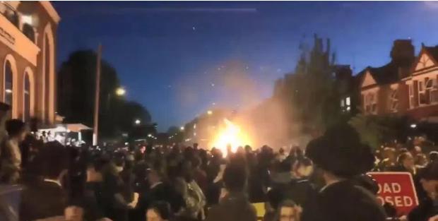 Експлозија во Лондон за време на прослава на еврејски празник