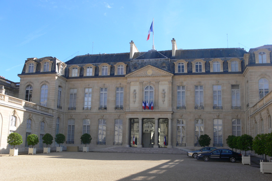 Елисејска палата: Франција за неколку часа ќе добие нов премиер