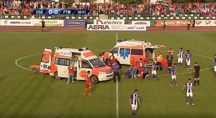 Ќе ве полазат морници- по судирот со глави, едниот од фудбалерите остана да лежи на теренот, а потоа следуваше ужас (ВИДЕО)