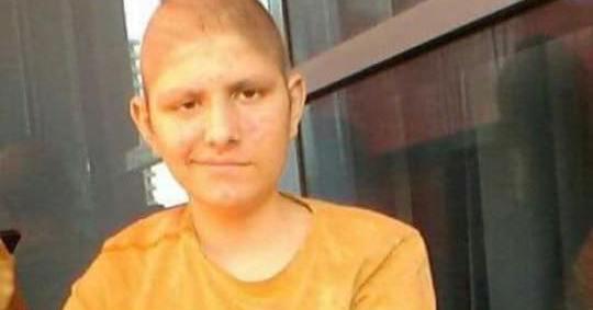 Анонимен хуманитарец ќе ја плати операцијата на Игор: Тој утре заминува за Турција, да донираме за терапија!