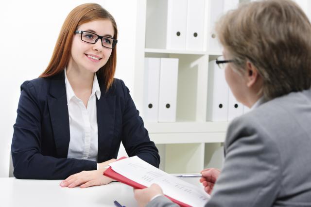 Никогаш не би помислиле на тоа: Жените пред интервју за работа прават една работа која ќе ве изненади