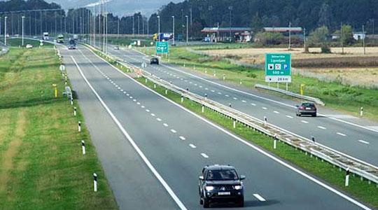 Сообраќајот се одвива по суви коловози, прекин на патот Виница – село Бигла – Делчево