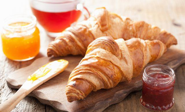 Не исфрлајте јаглехидрати од диетата: Еве зошто треба да јадете тестенини и леб