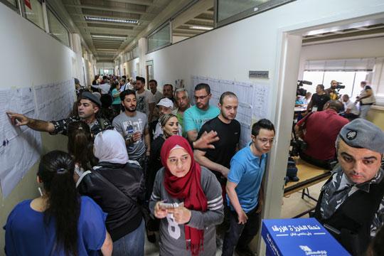 Затворени гласачките места во Либан