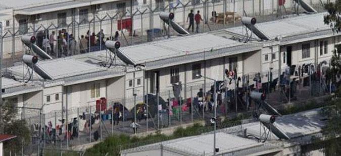 Грција ќе го намалува бројот на бегалци во камповите