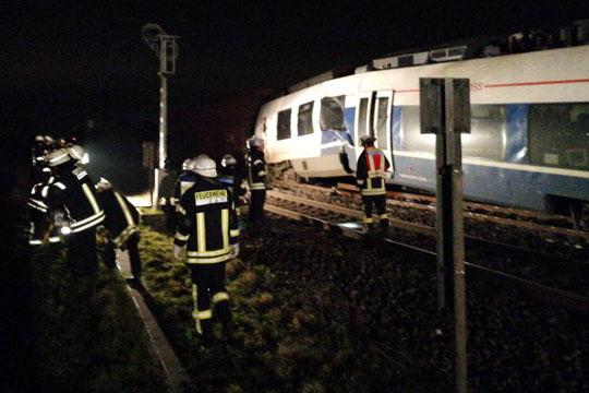 Железничка несреќа во Германија, две лица загинаа