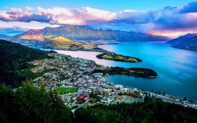 Нов Зеланд: Се отвори дупка со должина на две фудбалски игралишта и длабока колку зграда