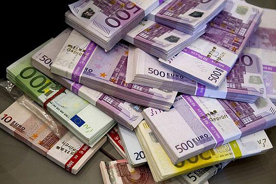 Тетовец помагал за фалсификување пари и си пазарувал со нив