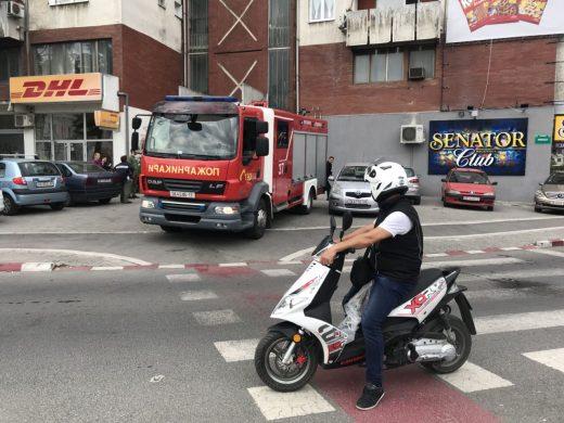 Заборавено тенџере ќе предизвикаше голем пожар во зграда во Центар (ФОТО)