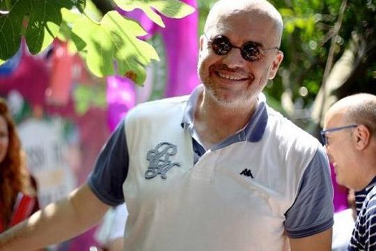 Баша: Рама со семејството и пријателите за шест години украл милијарда евра