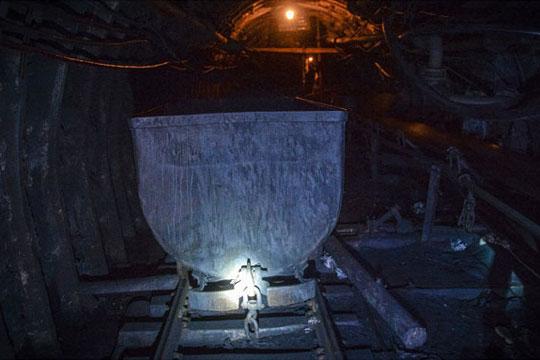 Седум рудари отсечени по експлозија во јагленокоп во Полска