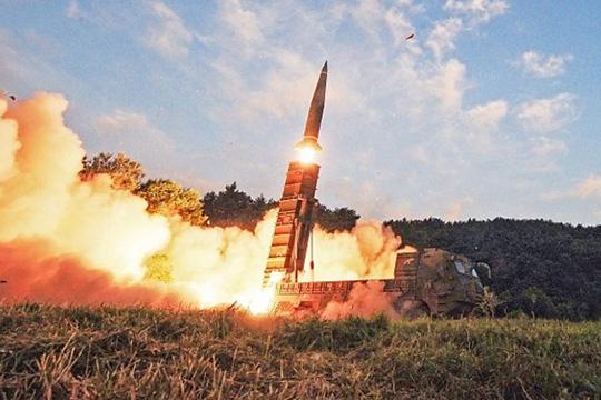 """""""Асахи шимбун"""": Северна Кореја ќе ги уништи проектилите и ќе овозможи увид на нуклеарните залихи"""