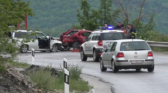 Познат идентитетот на загинатиот на патот Гостивар-Кичево, три лица тешко повредени