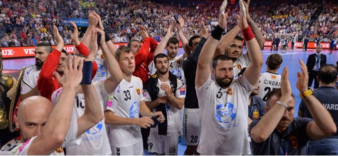 Стоилов се огласи по поразот од ПСЖ