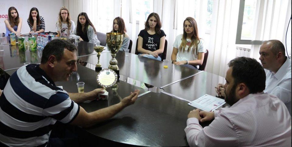 Темелковски им додели благодарници на на најуспешните спортски клубови