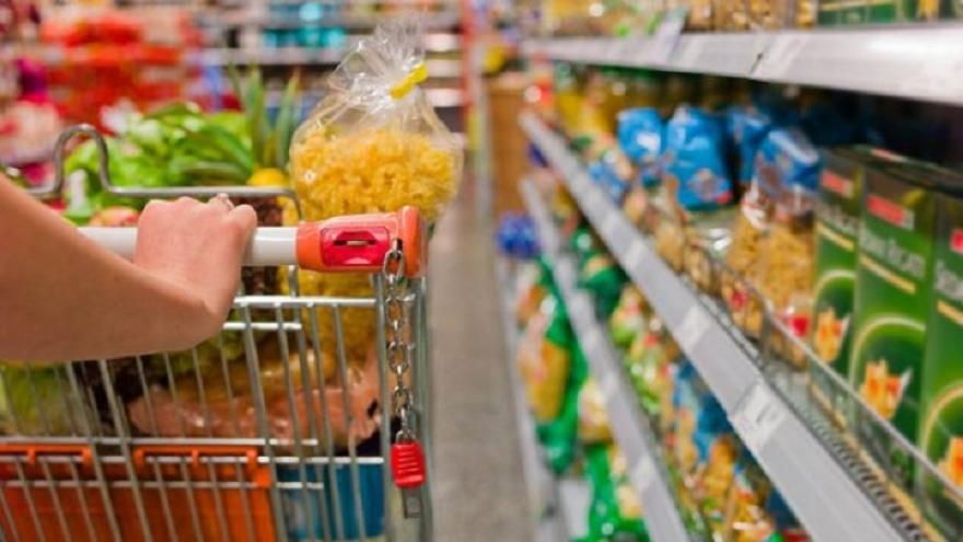 Раст на трговијата на мало со храна, пијалоци и тутун