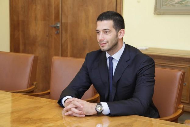 Српски министер под истрага за корупција