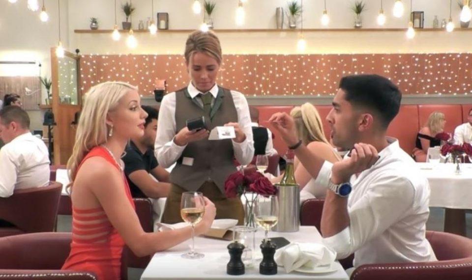Кој треба да ја плати сметката на првиот состанок? Овој пар влезе во жестока расправија околу тоа, а еве кој попушти (ВИДЕО)