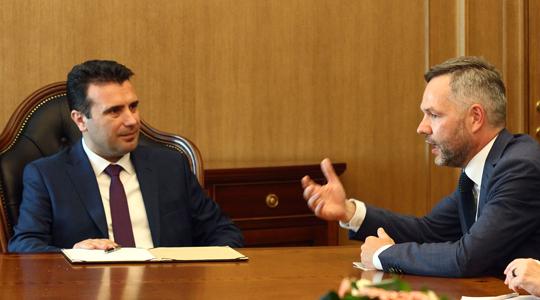 Германскиот министер за европски прашања Рот на средба со Заев