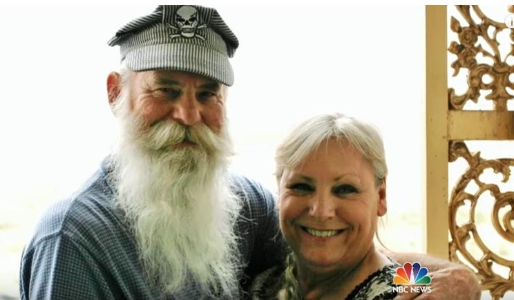 Тие се во брак 49 години, а поради оваа причина повторно се вљубија еден во друг (ВИДЕО)
