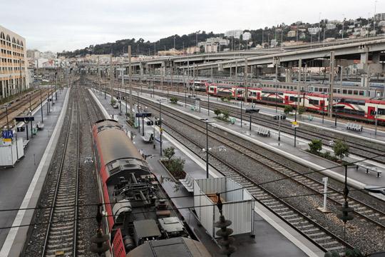 Продолжува штрајкот на француската железница