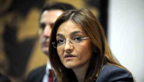 Јанкулоска: Заложбите на Владата за заштита на жените и семејството се реализираат на дело