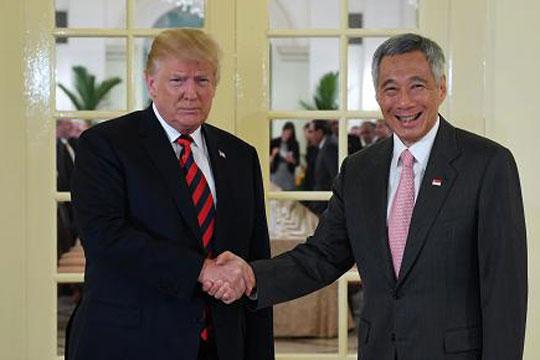 Трамп се сретна со сингапурскиот премиер