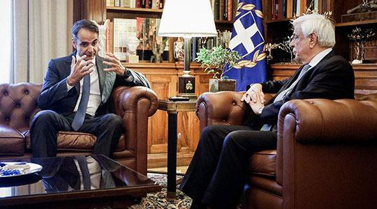 Мицотакис побара од Павлопулос да интервенира договорот да дојде во грчкиот парламент пред да биде потпишан