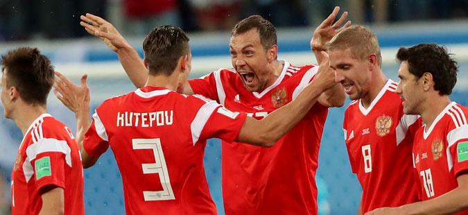 Русија го победи Египет и си обезбеди учество во осминафиналето