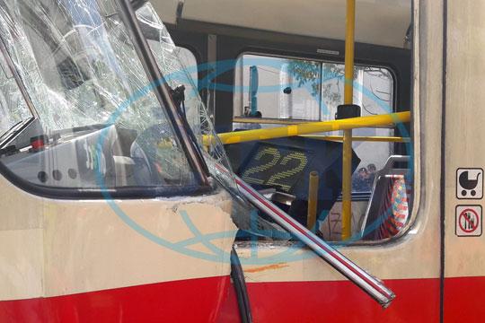 Прага: Во судир на трамваи повредени 23 лица