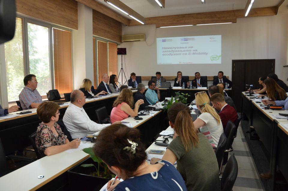 Шилегов: Наскоро 30 нови полначи за да се зголеми бројот на електрични возила во Скопје