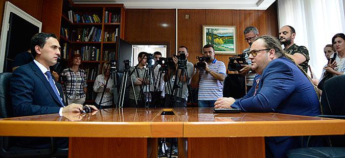 Асаф Адеми ја презеде функцијата министер за култура од Алаѓозовски