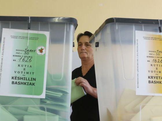 Албанските владеачки социјалисти против одржување на предвремени избори