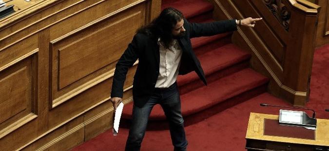 Уапсен грчки пратеник