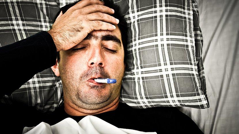 Научниците открија зошто мажите се однесуваат како бебиња кога се разболуваат