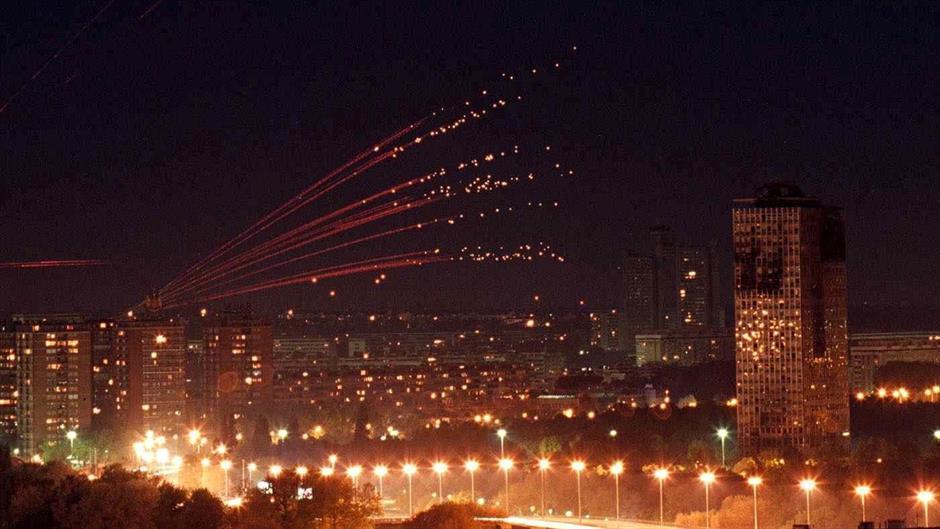 Израелски авиони бомбардираа позиции на Хамас