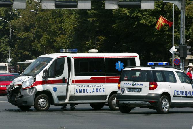 Прегазен пешак во Скопје, со тешки повреди заврши во болница