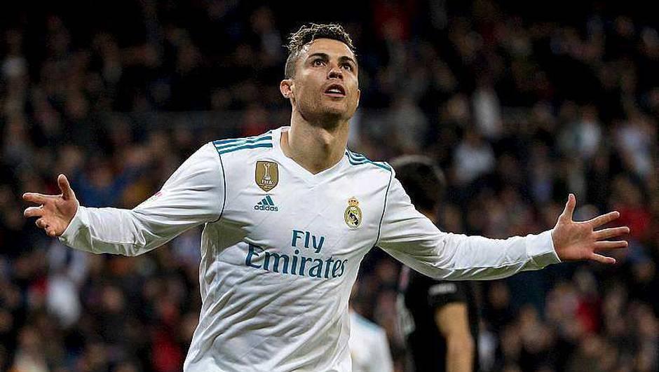 Салах: Роналдо е најдобриот играч во историјата на Реал