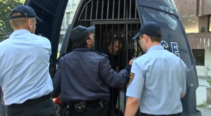 Затворска казна за дедото на Тамара