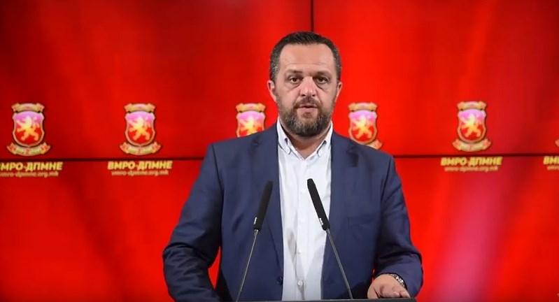 Димовски: Вчерашните настани се смислено сценарио на власта да го спречи демократскиот пркос на Македонците