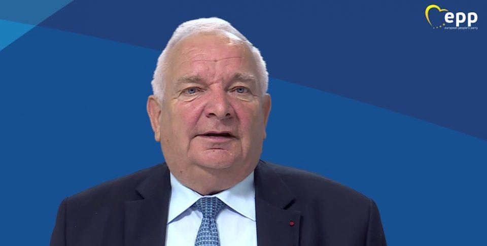 Претседателот на Европската народна партија, Жозеф Дол со јавна поддршка на големиот митинг на ВМРО-ДПМНЕ