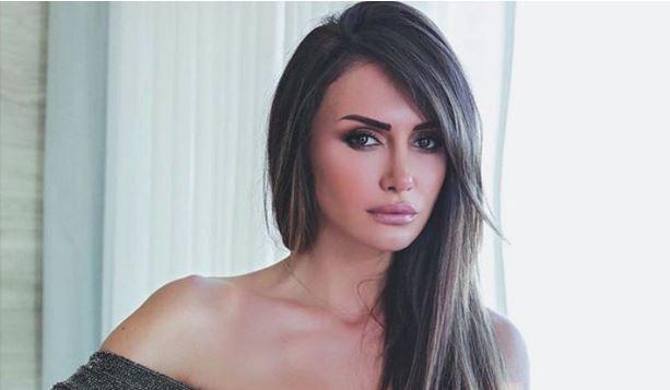 Брзо заборави на сопругот: Новото момче на Емина Јаховиќ е милијардер, а кога ќе ја видите заедничката фотографија се ќе ви стане јасно