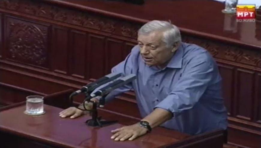 Мухиќ: Изјавата на Хан на сметка на претседателот Иванов е арогантна, никој не може да дели лекции на претседател на држава