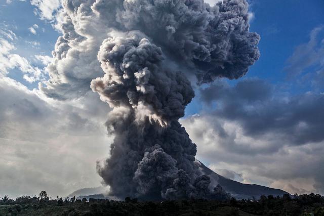 Трајно запрена потрагата по жртвите од вулканот