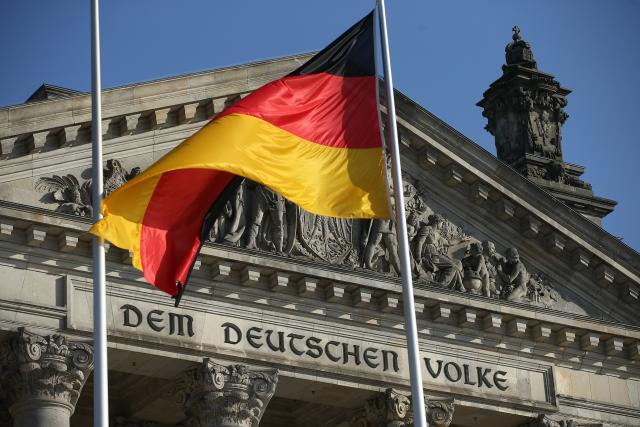 Германија донесе закон со кој се казнува фотографирање на луѓе кои загинале во несреќи