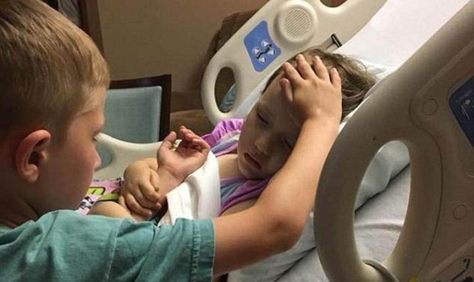Глетка која го крши срцето: Братот ја држи сестричката за рака, а неколку моменти подоцна се случи нешто страшно