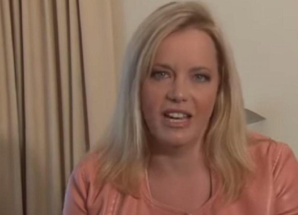 Таа знае што сакаат мажите и тоа им го открива на жените: Имала секс со 10.000 партнери (ВИДЕО)